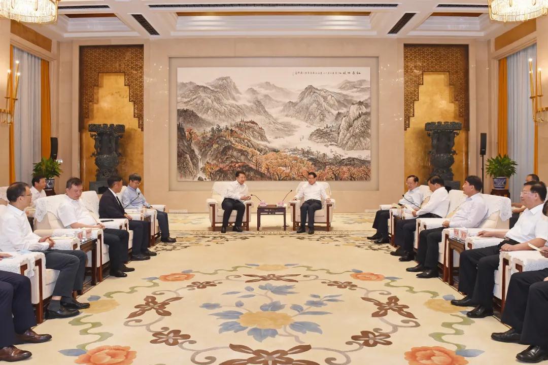 """中国奇米777me+湖北=做大做强""""光芯屏端网""""产业集群!"""