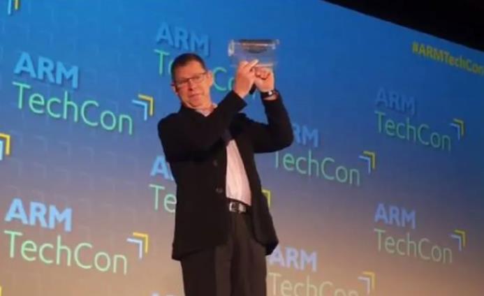 全球首款塑料芯片发布:0.8μm,ARM架构